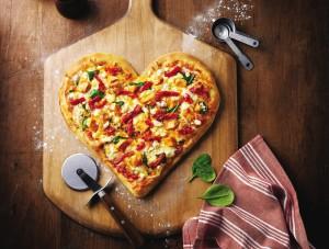 heart_shaped_tuscan_pizza_insitu_m